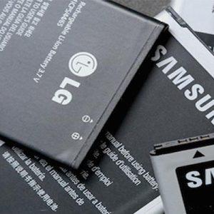 بررسی باطری و صفحه نمایش برای خرید یک گوشی مناسب