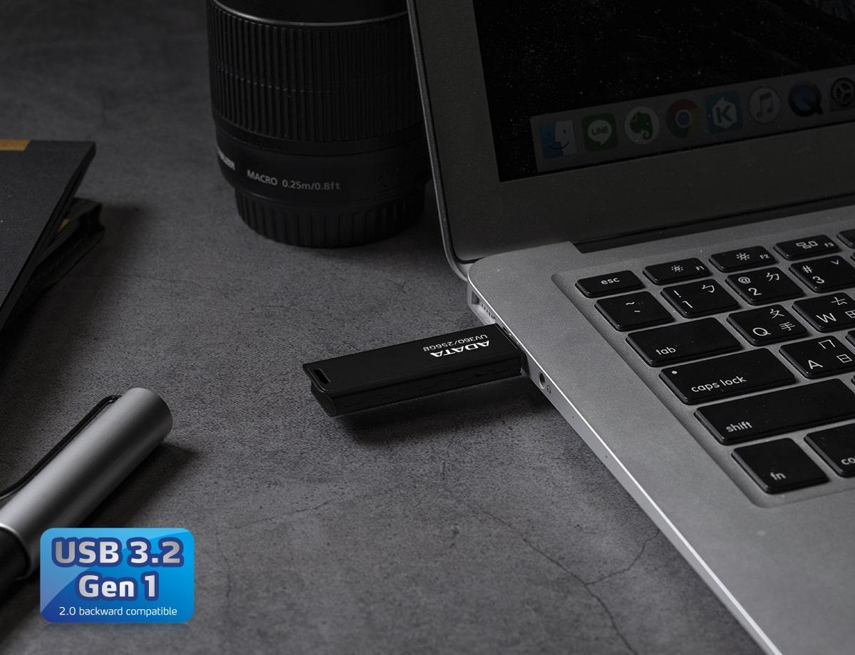 فلش مموری ای دیتا مدل UV360 ظرفیت 32 گیگابایت